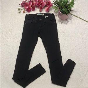 🔥🔥🔥 3/$20 🌸Black Skinny Jeans size 0 🌸